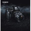 E-M1 MARK II - <p>L'OM-D E-M1 Mark II dépasse sans conteste toutes les attentes d'un modèle à Objectif Interchangeable pour offrir aux professionnels et aux passionnés, exactement ce qu'ils recherchent en photographie. Ce modèle de référence délivre une qualité d'image supérieure et une rapidité inégalée, tout en assurant un faible encombrement grâce à son format ultra-compact. Le nouvel OM-D E-M1 Mark II promet d'être l'un des meilleurs appareils photos jamais conçu par Olympus. Pour marquer cette nouvelle étape de la photographie professionnelle, des services innovants seront proposés lors de la sortie de l'OM-D E-M1 Mark II pour permettre à son propriétaire de profiter pleinement de son appareil en toutes circonstances. Par ailleurs, la gamme d'accessoires professionnels et d'objectifs PRO s'enrichit également !</p>