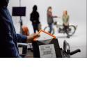 Rugged RAID Shuttle - Ultraplat pour être transporté et expédié partout  - Disposez d'une capacité considérable de 8 To dans un format Rugged® facile à emporter - Optimisez la vitesse et la capacité ou la redondance des données avec le RAID matériel 0/1 - Protégez vos projets des accès non autorisés grâce au disque avec auto-chiffrement et au système de protection par mot de passe - Couvert par une garantie limitée de trois ans et les services de récupération des données Rescue - Abonnement gratuit d'un mois au programme d'accès à l'ensemble des applications Adobe® Creative Cloud®  design by Neil Poulton   Présentation du produit  Capacité ultra-élevée. Technologie d'auto-chiffrement Seagate Secure™ avec protection par mot de passe. RAID matériel 0/1 simple à utiliser. Le Rugged RAID Shuttle a tout pour lui : solution alimentée par bus et à compatibilité universelle, rapide et ultraplate, idéale pour le transport ou l'expédition sous enveloppe, et incroyablement robuste pour le travail sur tous les terrains.  De nombreuses fonctions très utiles  - Ultraplat pour le transport ou l'expédition sous enveloppe - Résistant aux chutes, à la pluie, à l'écrasement et à la poussière - Raid 0 pour plus de rapidité et d'espace. RAID 1 pour la redondance - Compatible avec USB-C, Thunderbolt™ 3 et USB 3.0 - Chiffrement matériel et protection par mot de passe