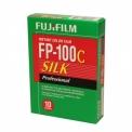 FUJI FP-100 C SILK - <p>Film de type Pack 100, sensibilité de 100 ISO Format des images : 7,5 par 9,5 cm Une cartouche contient 10 photos.</p>