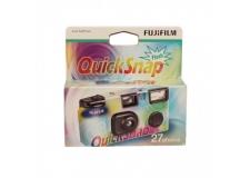 FUJI QUICKSNAP FLASH 27 EXP - <p>L'appareil Fujifilm QuickSnap est un produit simple, efficace, toujours prêt pour saisir l'instant photo inattendu !</p> <p>Il est équipé d'un flash se rechargeant manuellement et d'une portée allant de 1 à 3 mètres.</p> <p>QuickSnap contient un film de qualité, le film Fuji 400 iso de 27 poses.</p> <p></p> <p>PAP périmé depuis 2017-01 mais très bien conservé</p>