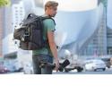 Sacs à dos ALTA SKY - <p>L'ALTA SKY est une série de sacs à dos dynamiques axée sur la polyvalence pour les photographes professionnels. A travers cette série, l'équipe de conception Vanguard a établit une nouvelle norme en matière de solutions de transport et de travail, permettant une transition simple de 100% d'équipements à 100% personnel. Le résultat sont des sacs à dos fonctionnels, des capacités sans fin d'adaptation des scénarios de travail, une protection fiable de vos appareils, objectifs et drones, un stockage sécurisé de vos effets personnels et, enfin, l'expérience utilisateur la plus flexible sur le terrain!</p>
