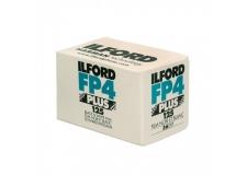 Ilford FP4 Plus 125 - <p>ILFORD FP4 Plus est un film pour de la photographie noir et blanc de haute qualité,de sensibilité moyenne, doté d'une émulsion à haute acutance qui associe un grain extrêmement fin avec une large latitude d'exposition pour des images de très grande qualité, quelles que soient les conditions d'éclairage.</p> <p>ILFORD FP4 Plus est le film idéal pour toutes les prises de vue à l'extérieur comme à l'intérieur.D'une précision remarquable font de ce film le choix idéal pour des agrandissements sans perte de détails.</p>
