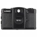 LCA+ PACKAGE LOMOGRAPHY - <p>Quoi de mieux que l'appareil argentique originel Lomo LC-A ?</p> <p>Équipé de l'optique Minitar 1 32mm f/2.8 Lens, le Lomo LCA+ produit des photos débordantes de vie, de couleur et de vignettage, d'un système de mise au point par zones, vous pourrez créer facilement des superpositions à l'aide d'un bouton se trouvant sous le boîtier.<br /><br />Incluant une cellule, celle-ci vous règlera la vitesse et l'ouverture vous pourrez alors mettre selon les conditions un film de 100, 200, 400, 800 ou 1600 ISO.<br /><br />De plus, une griffe prévue à cet effet vous permettra d'utiliser vos flashs préférés et votre trépied grâce au pas de vis.</p>
