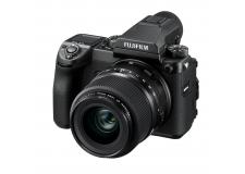 GFX 50s - <p>Avec cet hybride exceptionnel, à la fois compact et léger, FUJIFILM bouleverse les idées reçues sur le moyen-format numérique et redéfinit l'appareil à objectif interchangeable haut de gamme.<br /> Doté d'un capteur CMOS moyen-format revisité de 43,8mm × 32,9mm d'une définition de 51,4 Mégapixels, le GFX 50s change la donne ! Il offre de nouvelles possibilités créatives à la photographie, inaccessibles au moyen format à ce jour. De par sa conception « Hybride » compacte, sa construction « Tout Temps », son grand capteur à 51,4Mp et sa gamme d'objectifs à la définition surprenante, le GFX 50s répond à la meilleure exigence de qualité d'image dans toutes les conditions de prises de vue, du portrait au reportage, du culinaire à la haute montagne. Sa prise en main en moins de 5 minutes, aussi simple qu'un X-T2, et son poids léger en font l'appareil idéal pour partir à la quête de l'image absolue.</p>