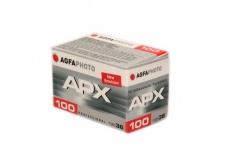 Agfa APX 100 - <p>Un film classique au grain discret et aux contrastes doux. Un grand classique qui tient ses promesses, même poussé.</p>