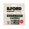 ILFORD XP2 27 EXP - <p>Chargé avec du film Ilford XP2 muni d'un flash d'une portée allant jusqu'à 3 mètres, il peut être employé pour tous types de prises de vues, mais convient particulièrement bien aux sujets ayant une grande luminosité.</p> <p>Le film XP2 est un film noir et blanc qui se traite dans une chimie couleur donnant ainsi plus de nuances de gris.<br /><br />Facile à traiter, c'estun film noir et blanc chromogènequi se traite avec les films couleur en procédé de type C41</p>