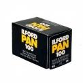 Ilford Pan 100 - <p>ILFORD PAN 100 est un film noir et blanc avec une vitesse moyenne qui offre une remarquable interprétation des teintes, ayant une belle gamme de gris, un grain très fin et une haute finesse.<br /><br />La PAN 100 est appropriée pour des photographies d'intérieures et extérieures où le bon éclairage doit être présent, il convient particulièrement aux photos de portrait et permet de grands rapports d'agrandissement.</p>