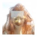 Tirage papier coton, signé, numéroté, estampillé, encadré - <p>Ce travail a été entièrement réalisé en argentique, avec un boitier Rolleiflex, et plus récemment avec un boitier Hasselblad. J'aime la composition carrée et la vision inversée qu'elle m'offre. Mon film de prédilection pour traiter ce sujet est l'Ektachrome Velvia 50 de chez Fujifilm, qui possède un rendu fort en contraste, une belle saturation des couleurs ainsi qu'un grain film inexistant. La couleur fait partie de mon tempérament fort et mélancolique.</p>