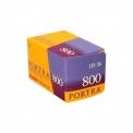 KODAK PORTRA 800 - <p><strong>Une excellente latitude en sous-exposition pour les conditions difficiles.</strong></p> <p>Le film<strong>KODAK PROFESSIONAL PORTRA 800</strong>offre tous les avantages d'un film à sensibilité élevée ainsi qu'un grain plus fin, une netteté accrue, des tons chair plus naturels et des couleurs plus fidèles. Le film PORTRA 800 offre la meilleure latitude en sous-exposition de sa catégorie : vous pouvez le pousser jusqu'à 1600 lorsque vous avez besoin d'une sensibilité accrue. Il est idéal pour les objectifs longs, les sujets en mouvement et les éclairages faibles, et permet de capturer des détails dans les ombres sans utiliser le flash. Film PORTRA 800 — Pour des résultats exceptionnels même dans des conditions difficiles.</p> <p><strong>-Saturation équilibrée des couleurset des tons chair naturels même dans des conditions d'éclairage difficiles.</strong><br /><strong>-Meilleure latitude de sous-exposition de sa catégorie.</strong><br /><strong>-Le plus net des fil</strong></p>